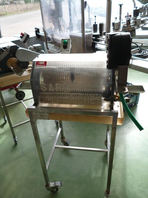 Fichet SARL - LAVEUSE DE BOUTEILLE PLEINE FICHET LSM700